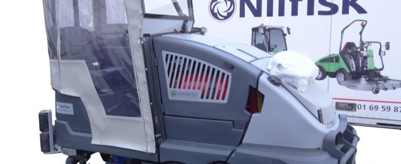 Cabine pour matériel de nettoyage industriel