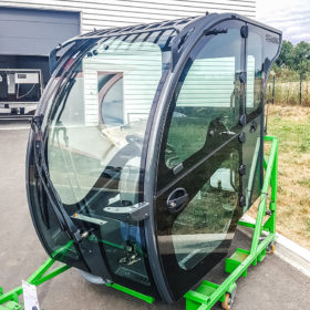 Visiospace cab for agricultural machinery